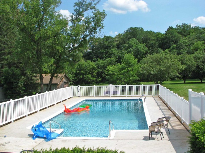 Precision Pools and Construction Wv