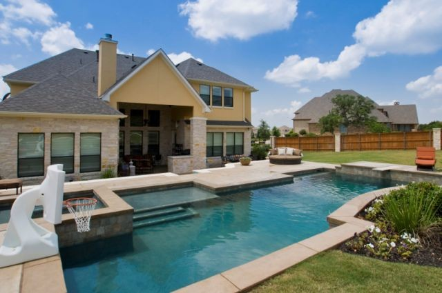 Swimming pool design building in austin tx by starwood for Pool design company polen