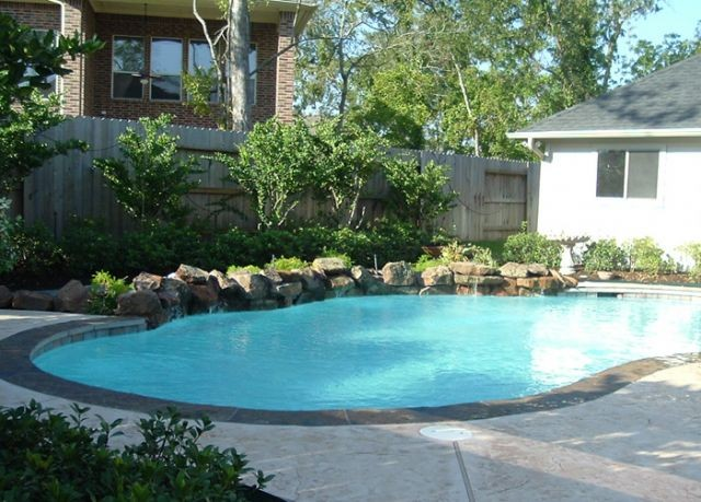 Pool design construction in richmond tx by precision for Pool design richmond va
