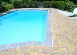 looking for swimming pool contractor in germantown md