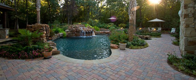 Swimming pool company in midland tx taylor landscape for Pool design company polen