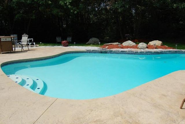 Pool building services in nashua nh by quality design pools for Quality pool design