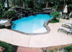 Laguna Pools & Designs